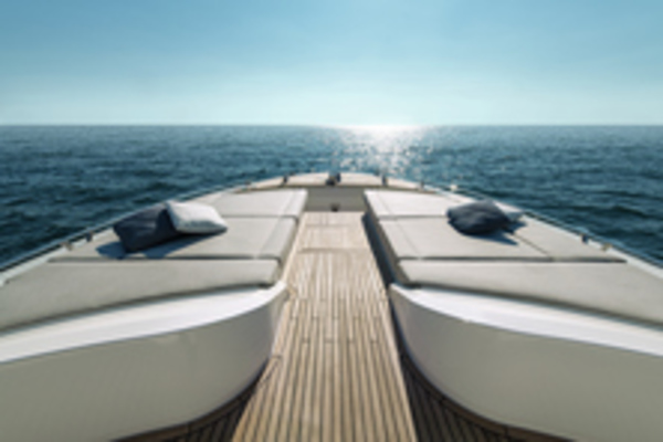 2020Monte Carlo Yachts 66 ft MCY 66