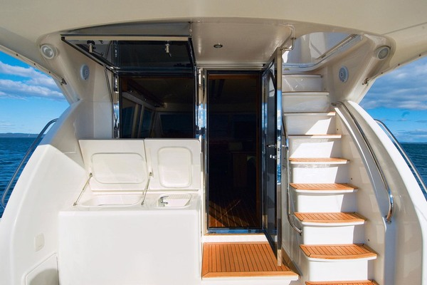 2021Riviera 45 ft 45 Open Flybridge Shaft Drive