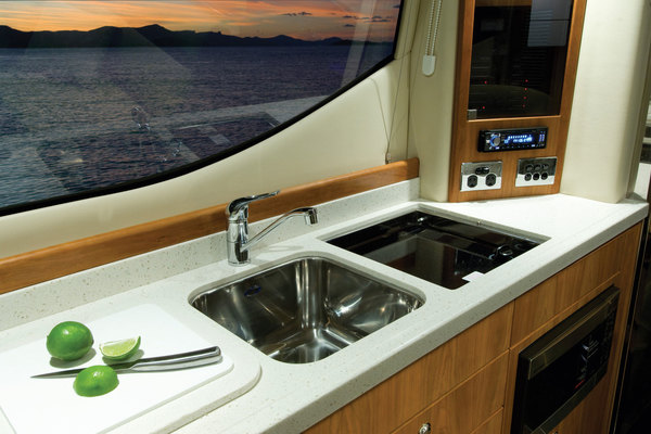 2018Riviera 36 ft 3600 Sport Yacht with IPS