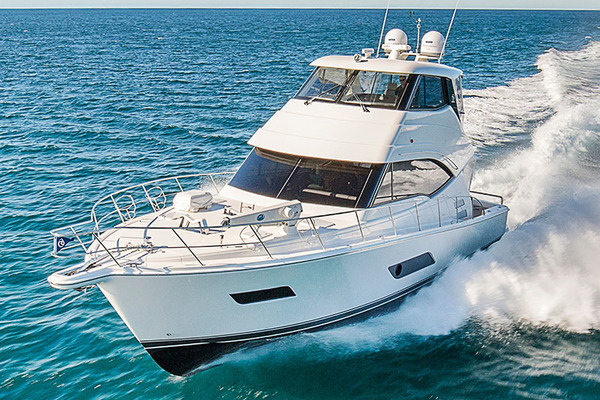 Riviera 54 Enclosed Flybridge with IPS