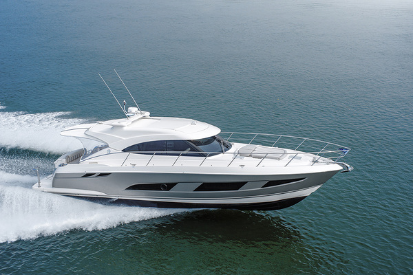 2018Riviera 48 ft 4800 Sport Yacht with IPS