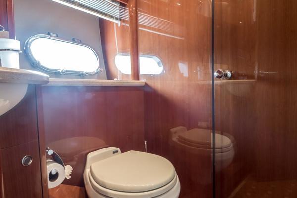 2008Viking Princess 75 ft 75 Sport Cruiser M Y   Silver Lining