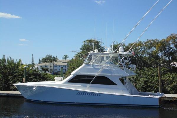55' Viking 55 Convertible 2000 | Waugh's Up