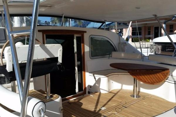 Picture Of: 49' Alliaura Marine Privilege 495 2006 Yacht For Sale | 4 of 54