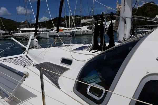 Picture Of: 49' Alliaura Marine Privilege 495 2006 Yacht For Sale | 3 of 54