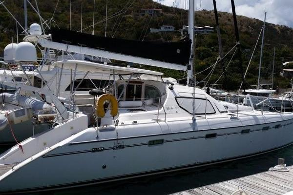49' Alliaura Marine Privilege 495 2006 | Dog Star