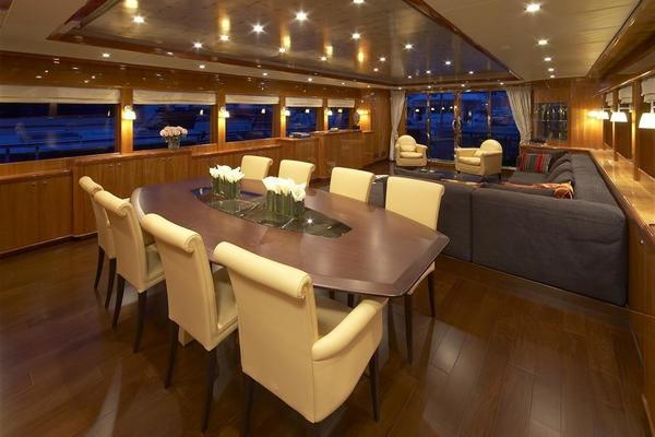2021 Johnson 110' 110' Skylounge w/On-Deck Master Johnson 110 | Picture 4 of 23