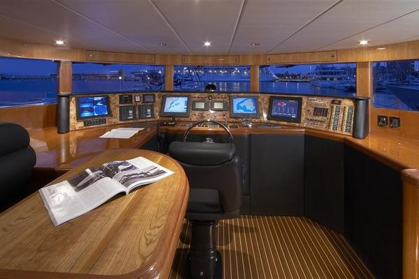 2021 Johnson 110' 110' Skylounge w/On-Deck Master Johnson 110 | Picture 6 of 23