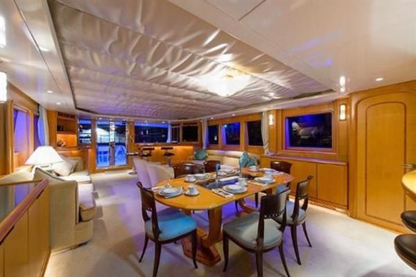 1993Derecktor 114 ft Motoryacht   AMAZING GRACE