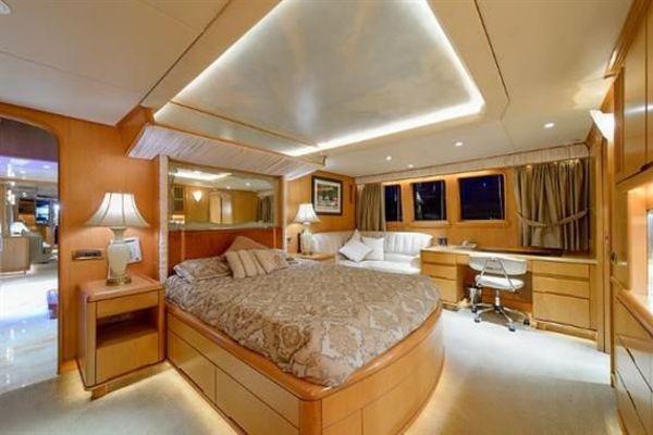 1993Derecktor 114 ft Motoryacht   AMAZING GRACE