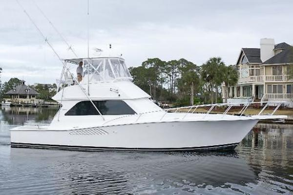 43' Viking 43 Convertible 2001 | Miss Christanna