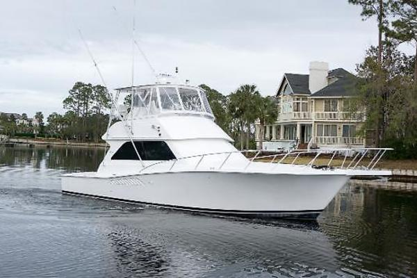 Picture Of: 43' Viking 43 Convertible 2001 Yacht For Sale | 4 of 25