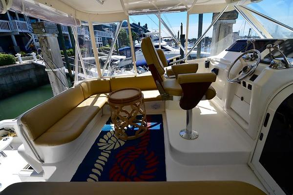 1999Ocean Yachts 40 ft 40 Express   Lady Red