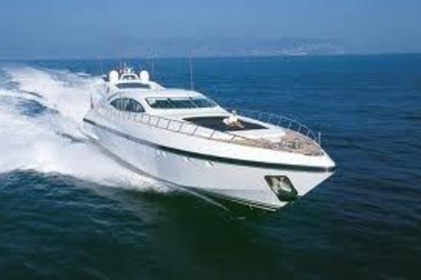 Mangusta 108' Overmarine 108 2004