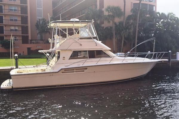 Tiara 43' Flybridge Convertible 1998