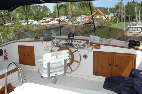 1988Marine Trader 50 ft Wide Body   Lucky Star