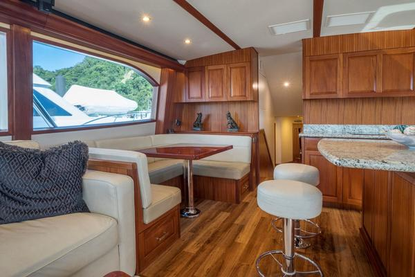 2015 Hatteras 63' 63 GT El Lobo | Picture 4 of 45