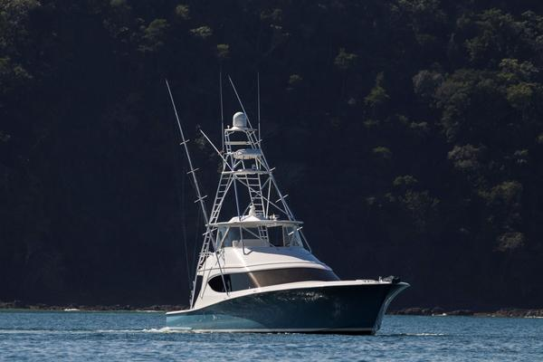 2015 Hatteras 63' 63 GT El Lobo | Picture 7 of 45