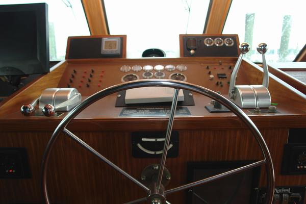 1985 Hatteras 72' 72 Motor Yacht Super Star | Picture 7 of 60