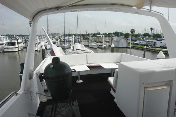 1985 Hatteras 72' 72 Motor Yacht Super Star | Picture 8 of 60