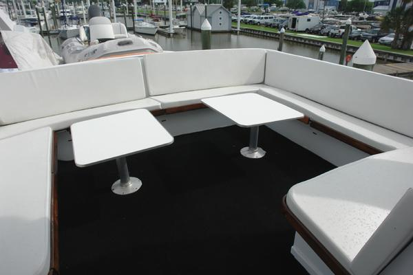 1985 Hatteras 72' 72 Motor Yacht Super Star | Picture 1 of 60