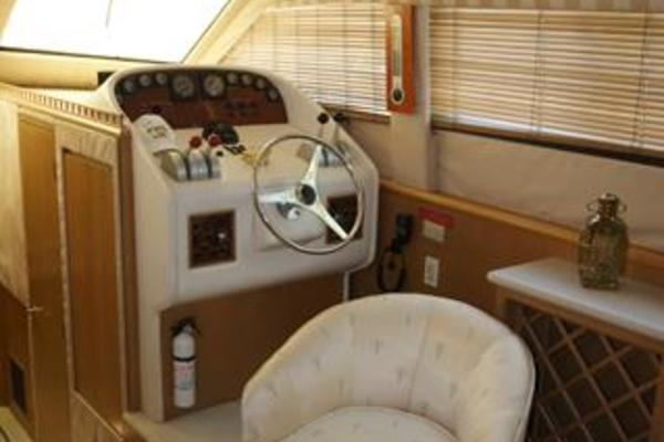Picture Of: 52' Hatteras 52 Cockpit MY 1999 Yacht For Sale | 2 of 45