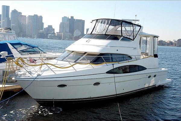 44' Carver 444 Cockpit Motor Yacht 2001 | Moon Shadow