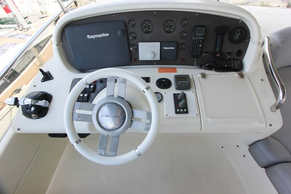 2007 Azimut 62' 62 Flybridge ICONIC SEA E O | Picture 4 of 42