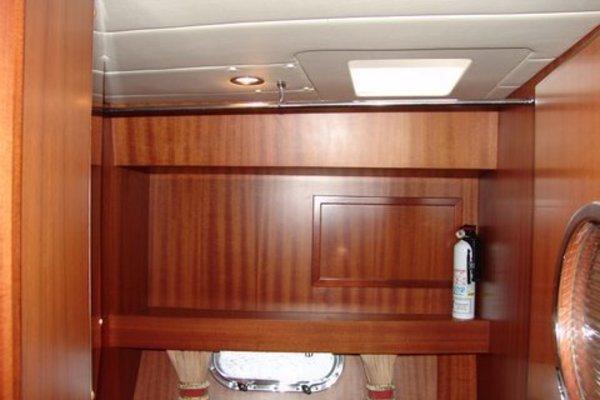 2002 Horizon 58' Motor Yacht SATORI | Picture 4 of 50