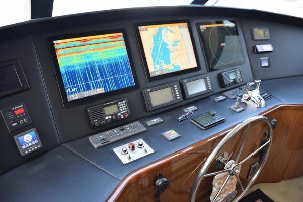 2010Viking 76 ft 76 Enclosed   REEL PLEASURE