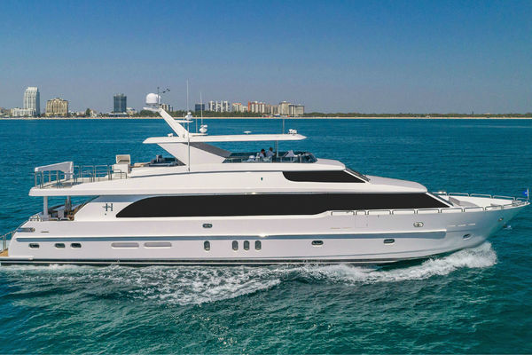 100 Foot Yacht >> 2018 Hargrave 100 Ft Motoryacht Mb3