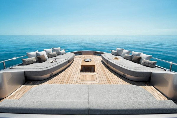 2023Monte Carlo Yachts 105 ft MCY 105