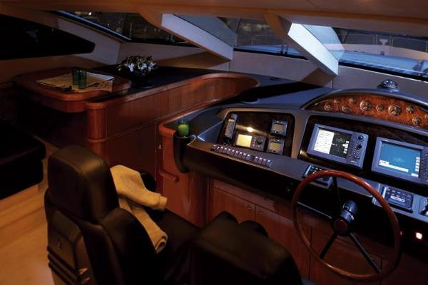 2007Sunseeker 82 ft 82 Yacht   LILY VENTURE