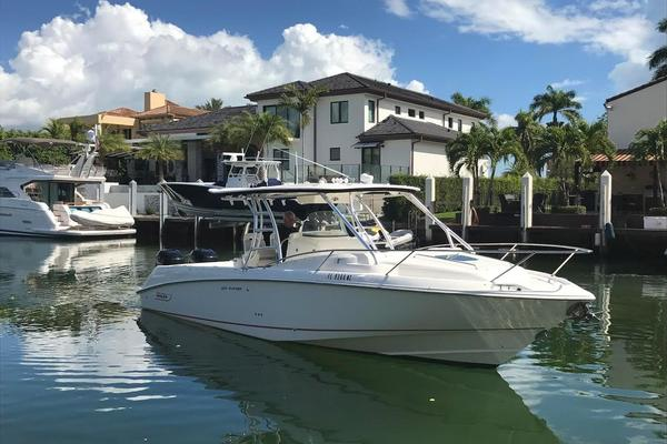 Boston Whaler 32' 320 Outrage Cuddy Cabin 2008
