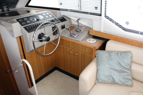 2000Bayliner 40 ft 4087 Aft Cabin Cockpit Motoryacht 3 cabins    Northern Light