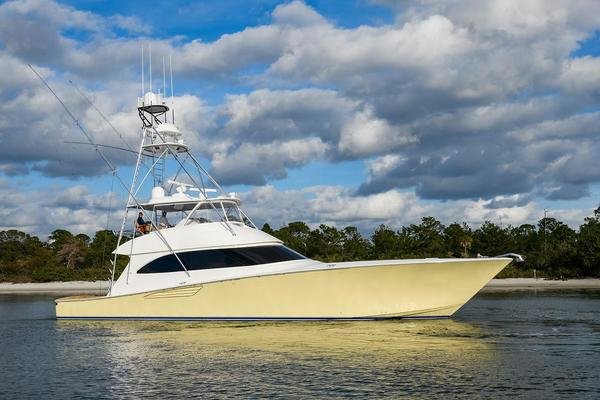 Viking 70' Convertible 2015 - Hooked Up
