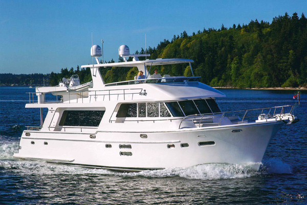 65' Hampton Endurance 658 2017 | COMPASS ROSE