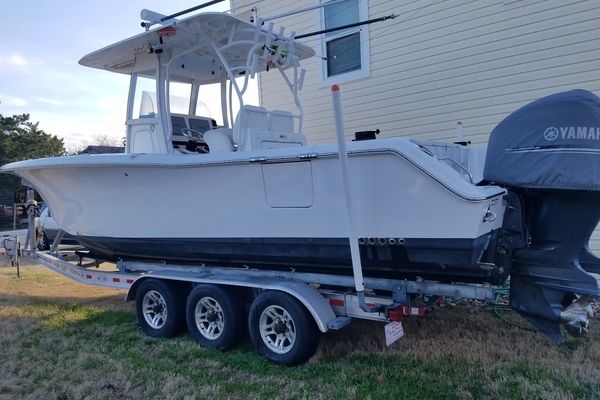30' Sea Hunt Gamefish 30 2014 | Lucky Dog