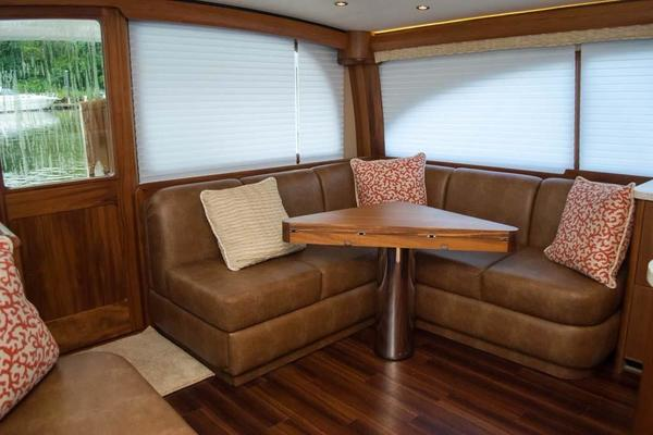 Salon Port Aft Settee and Table