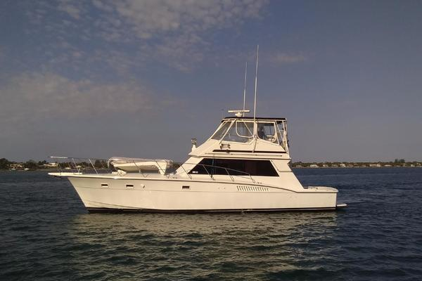 50' Hatteras 50 Convertible 1981 | 2009 Repower