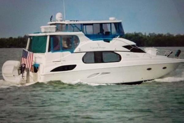 Silverton 43' Motor Yacht 2003  Tropical Breeze