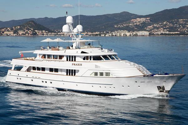 143' Feadship Full Displacement Ocean Going 1987 | Praxis