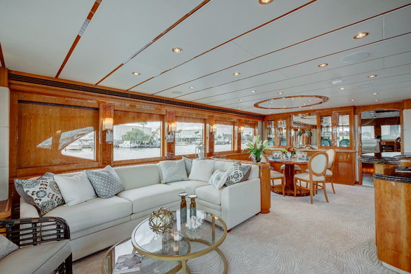 2009 Hargrave 90' 90' Skylounge HEARTBEAT | Picture 7 of 37