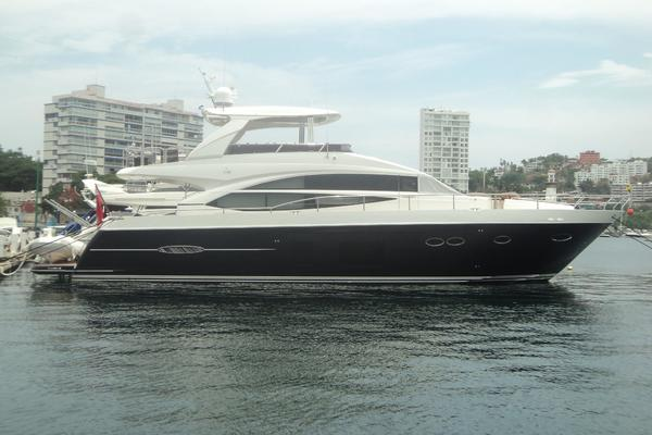 Princess Yachts 72 Model