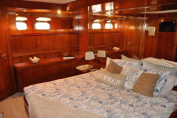 1988Astondoa 82 ft Motoryacht   MIS MOONDANCE