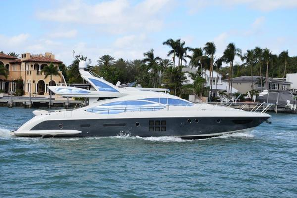 72' Azimut 72s Sport Cruiser 2011 | All Or Nothing