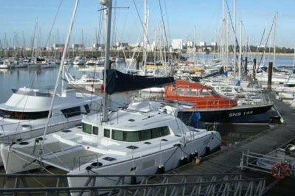 Picture Of: 44' Lagoon LAGOON 440 2007 Yacht For Sale | 2 of 8