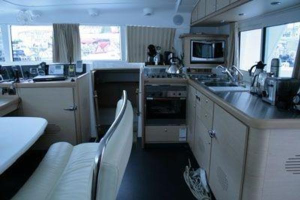 Picture Of: 44' Lagoon LAGOON 440 2007 Yacht For Sale | 4 of 8