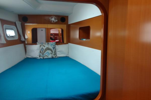 Picture Of: 44' Lagoon 440 2007 Yacht For Sale | 4 of 22
