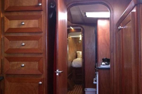1988 Lagoon 55' 550 TELESTIAL DISTRACTION | Picture 3 of 34